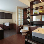 Suite-A2-bathroom-1