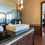 Suite-A2-bathroom-3