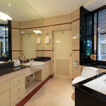 Suite-B2-bathroom-1